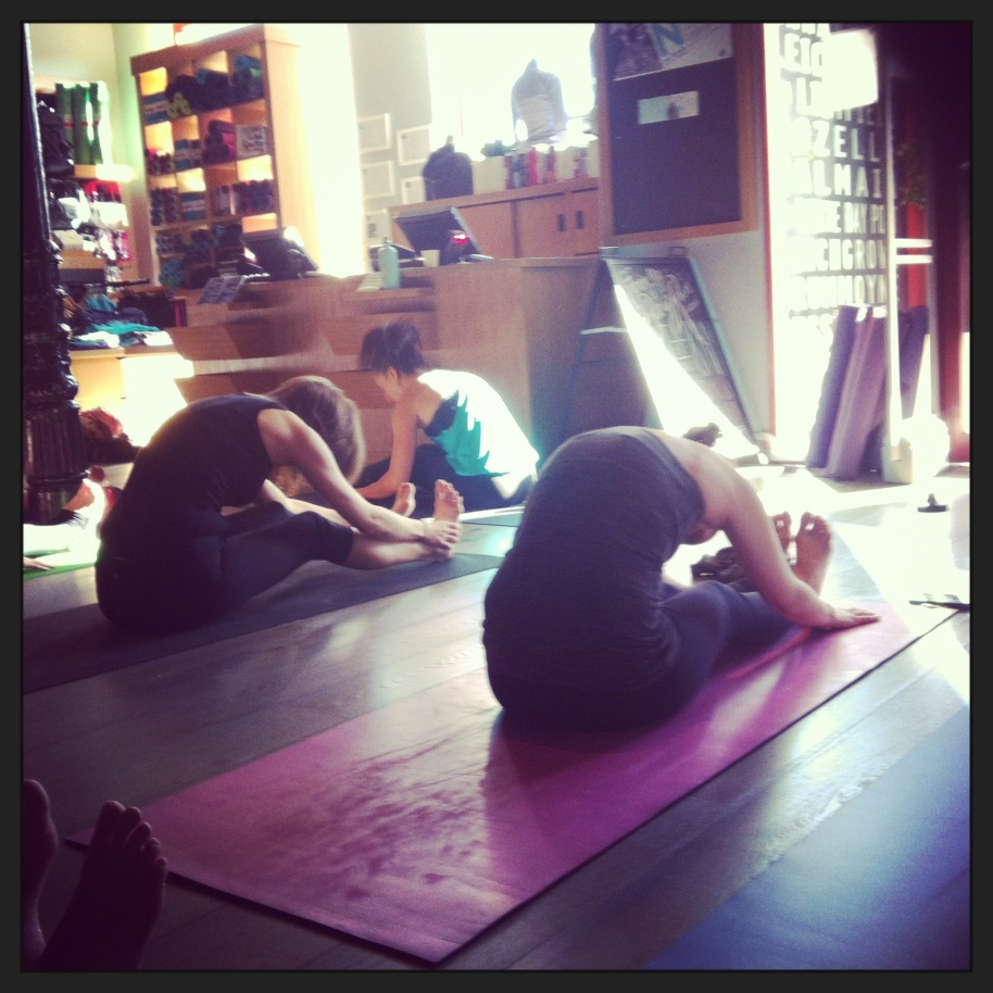 Johanna teaching a yoga class of 40 students at the Balmain Lululemon Community Yoga Class.